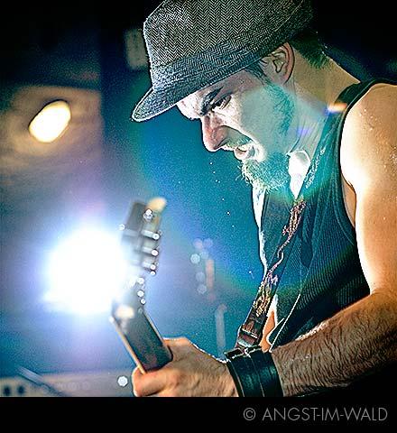 Hauptsache Es Knallt – Live – 2007–10–14 – Hek Mainz Punk