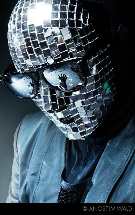 Reflex – Promo Photography 2011 – mirror mask