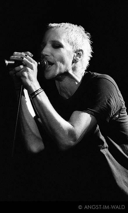The Last Dance – Live – 2004 – Frankfurt Sinkkasten